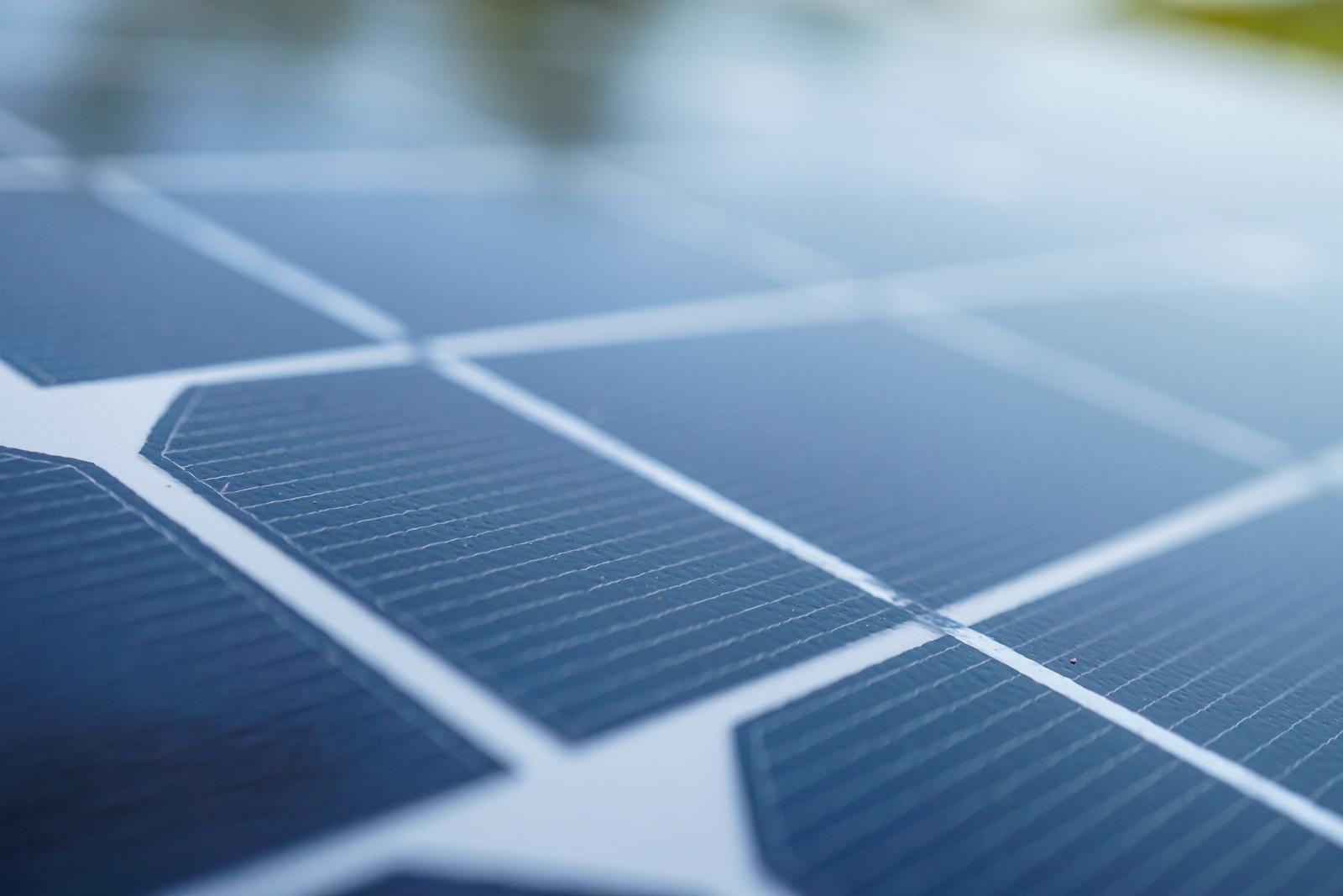 Cell Solar Nordic hjälper er att installera rätt solceller i Malmö från början.