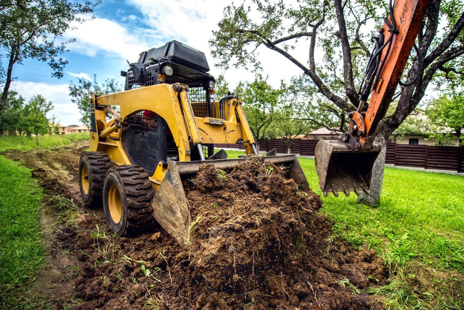 Vi utför dränering och markarbeten.