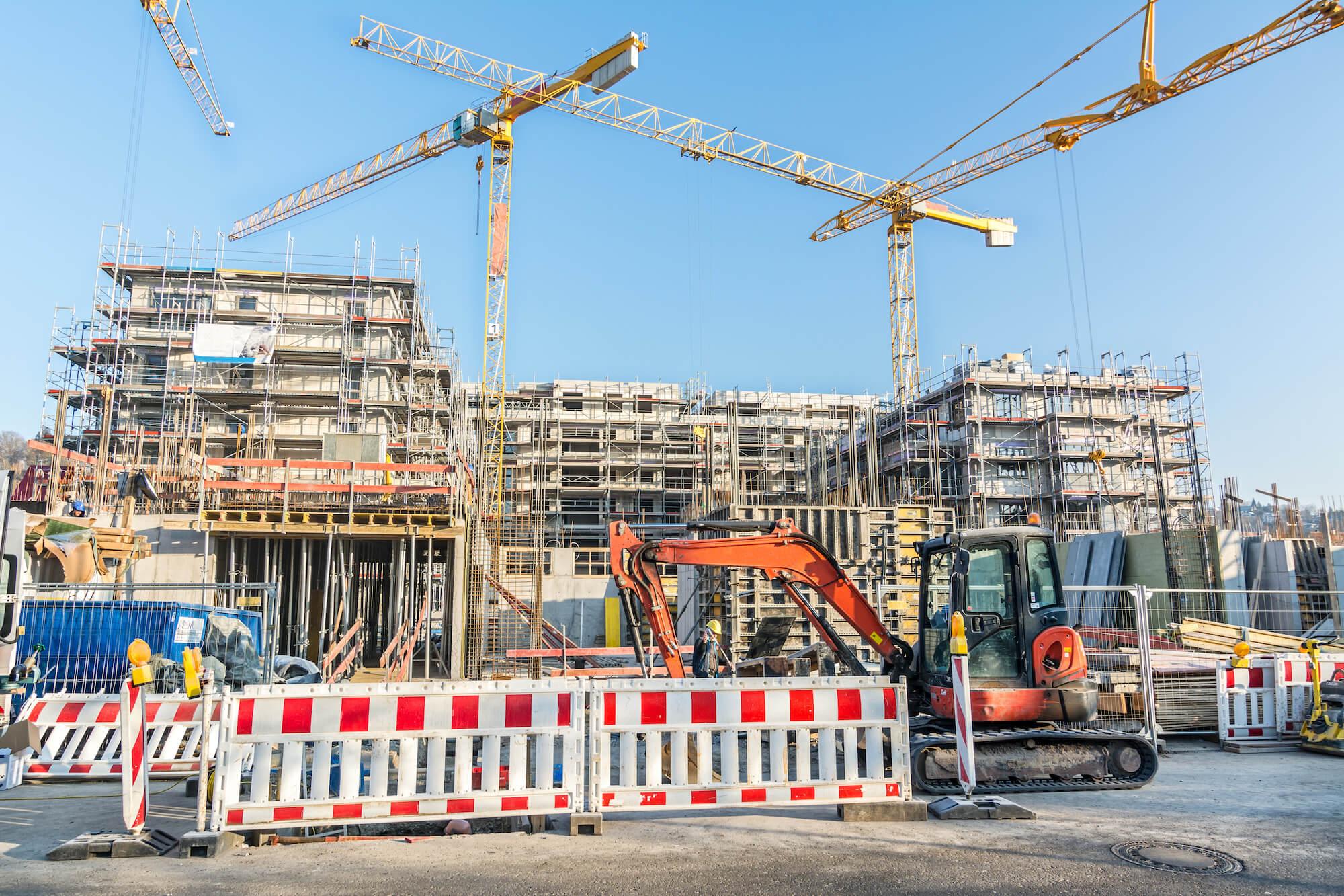 Vi har arbetat med lyft- och tornkranar i Stockholm sedan 1965