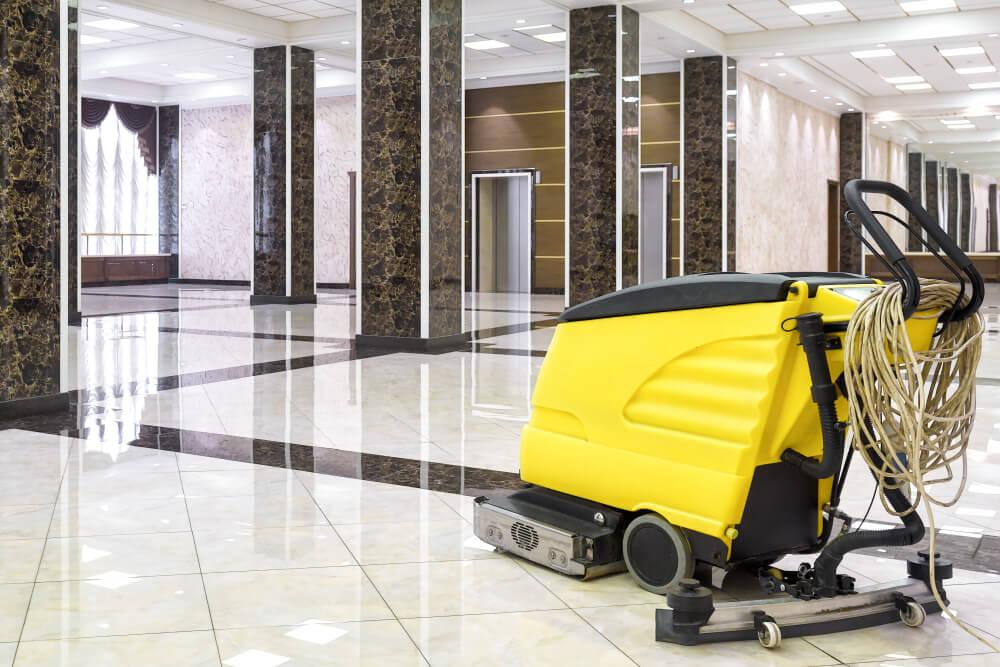 rengöra stora golvytor