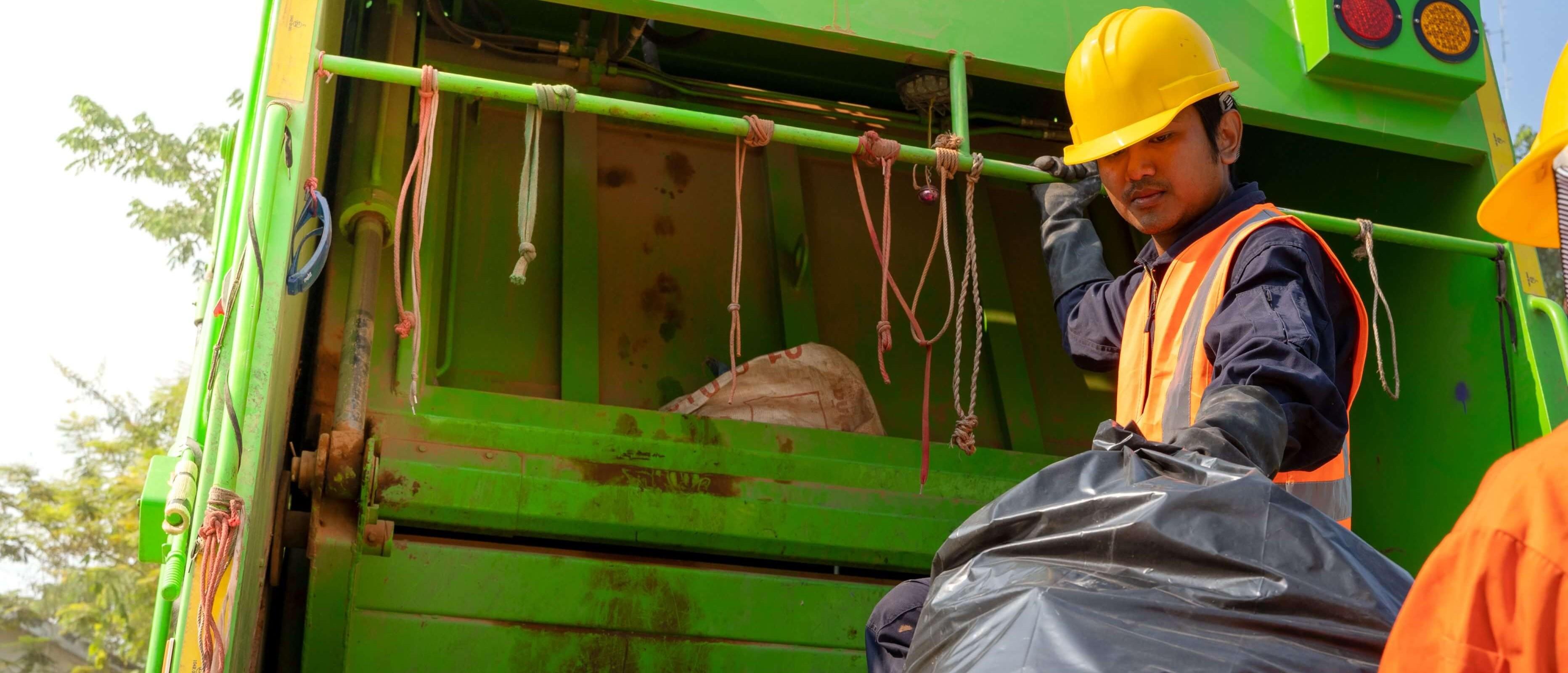 Om oss som arbetar med asbestsanering i Skåne