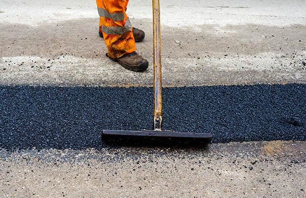 asfaltläggning på mindre område