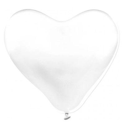 Genomskinlig jätteballong som är hjärtformad