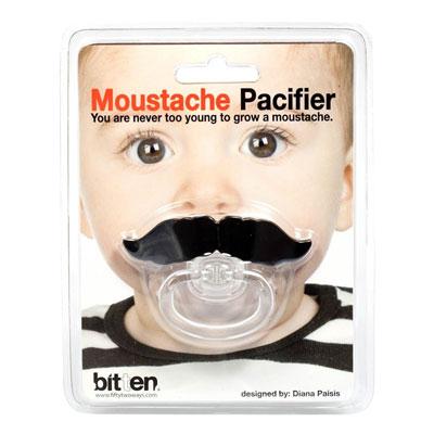 Napp med mustasch