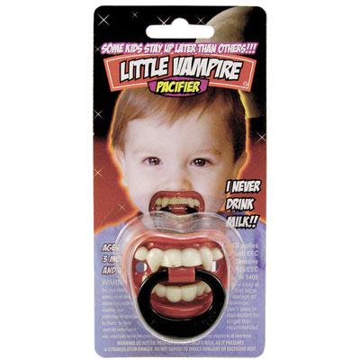 Napp med vampyrtänder