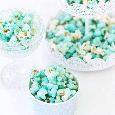 Färga popcorn med karamellfärg