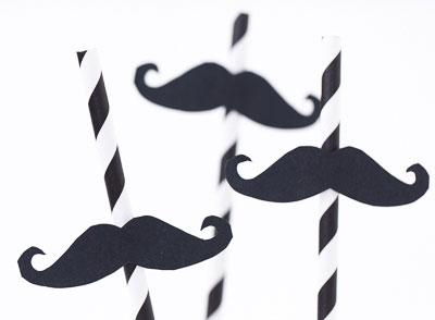 Mustasch till sugrör