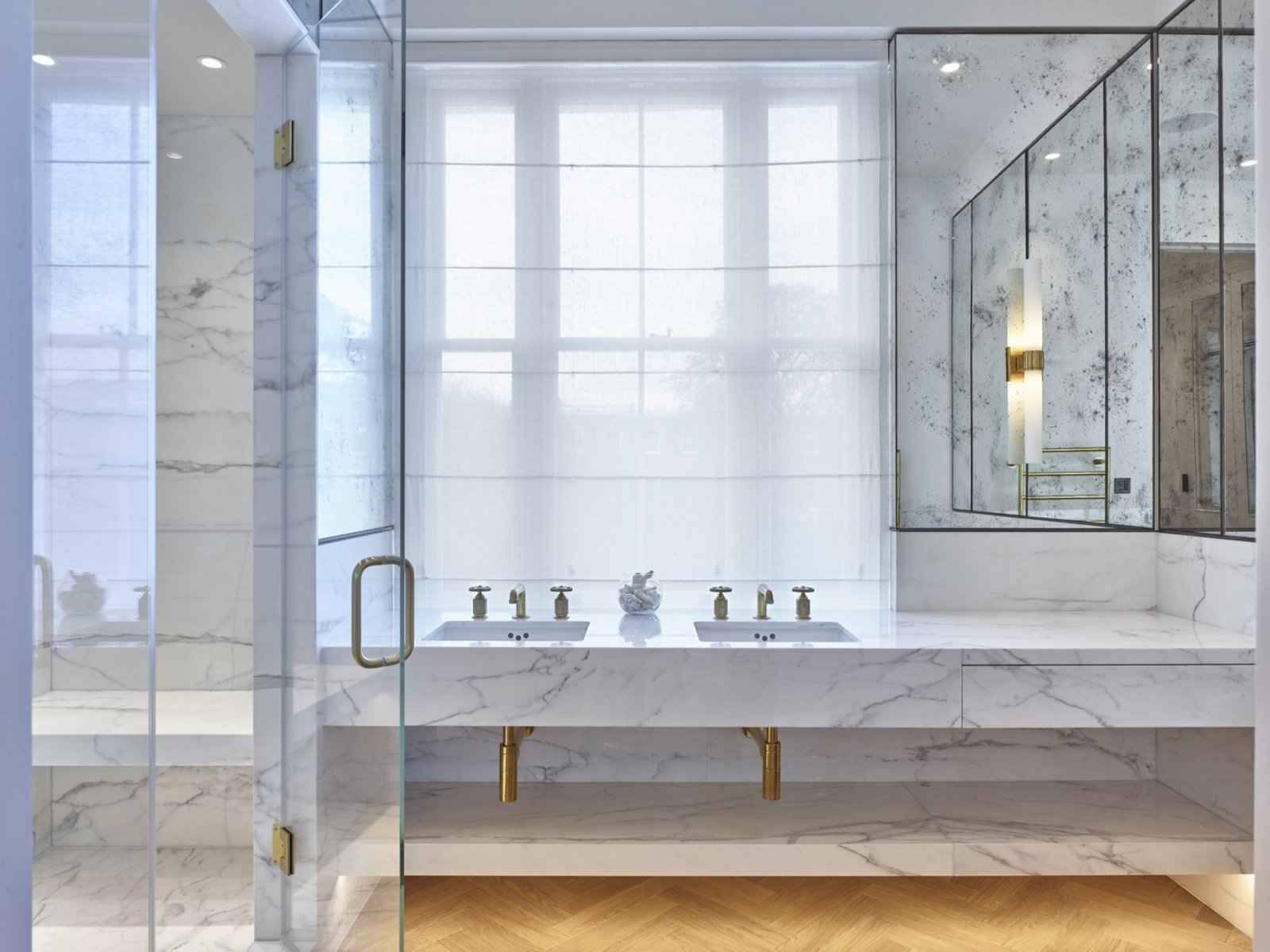 Höj värdet på din bostad med ett flott badrum