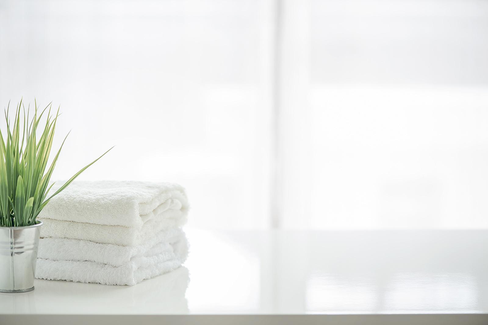 Vårt bolag utför badrumsrenovering i Hudiksvall till både privatpersoner samt företag och bostadsrättsföreningar. Kontakta oss för badrumsrenovering i Hudiksvall.