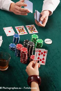 Gambling battle of the sexes
