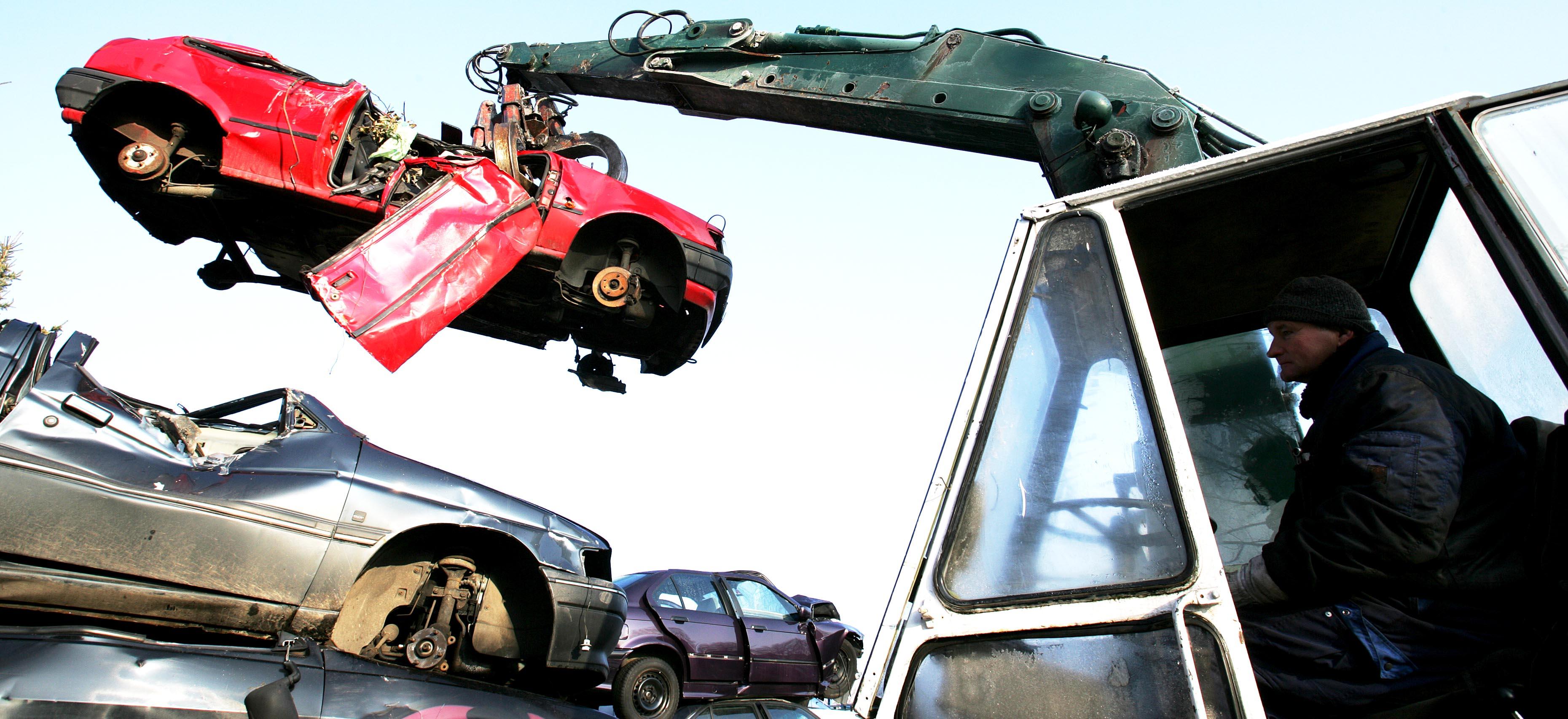 Vi som arbetar med bilskrot i Södermanland