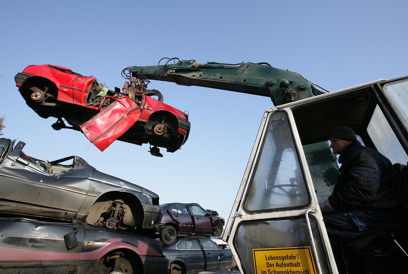 Du kan lita på vår bilskrot i Uppsala län, vi är auktoriserade.