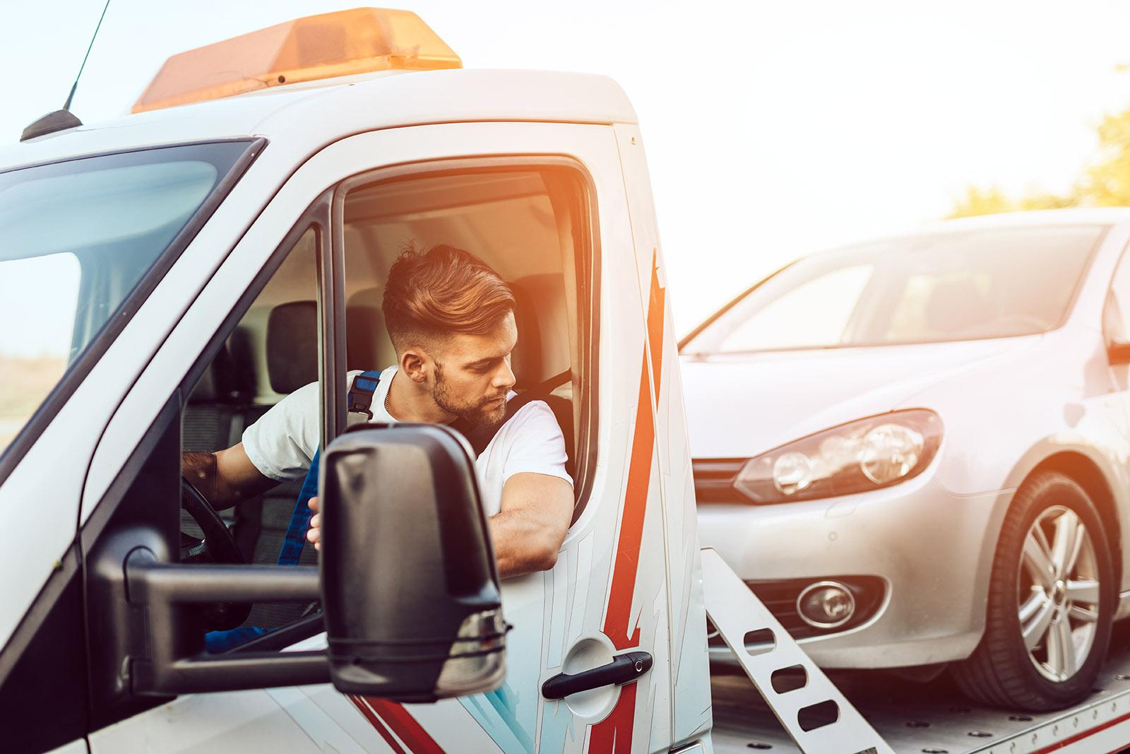Skrota bilen hos oss, en bilskrot i Västerås. Kontakta vår bilskrot så hjälper vi er.