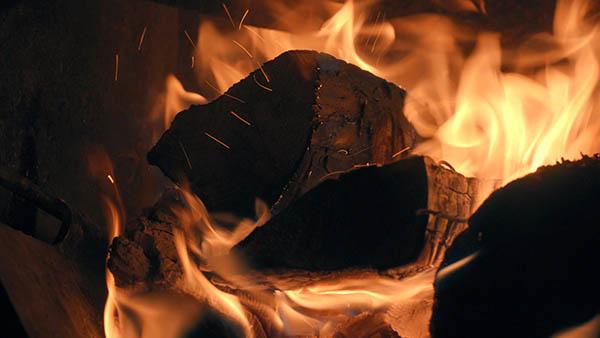 brinnande trä  braskaminer göteborg