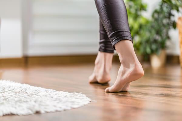 Fötter på ny golv