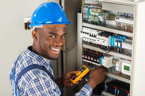 glad elektriker