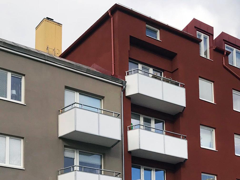 Energieffektivisering av fastighet i Mölndal. Vi installerade nya fönster och ventilation samt tilläggsisolerade fasaden.