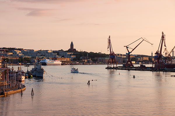 Vy över hamnen Entreprenadjuridik Göteborg