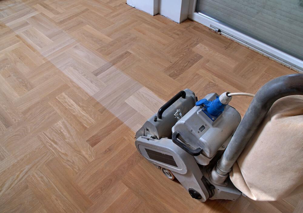 Anlita golvslipning i Göteborg för nästan nytt golv