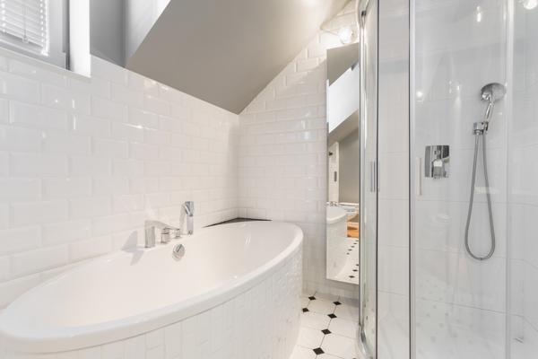 Det är viktigt att rengöra badkar ordentligt.