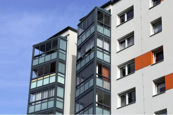 Lägenhet med balkonginglasning