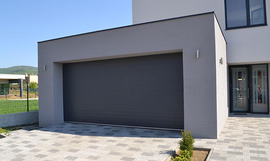 Stort utbud av garageportar i Karlstad
