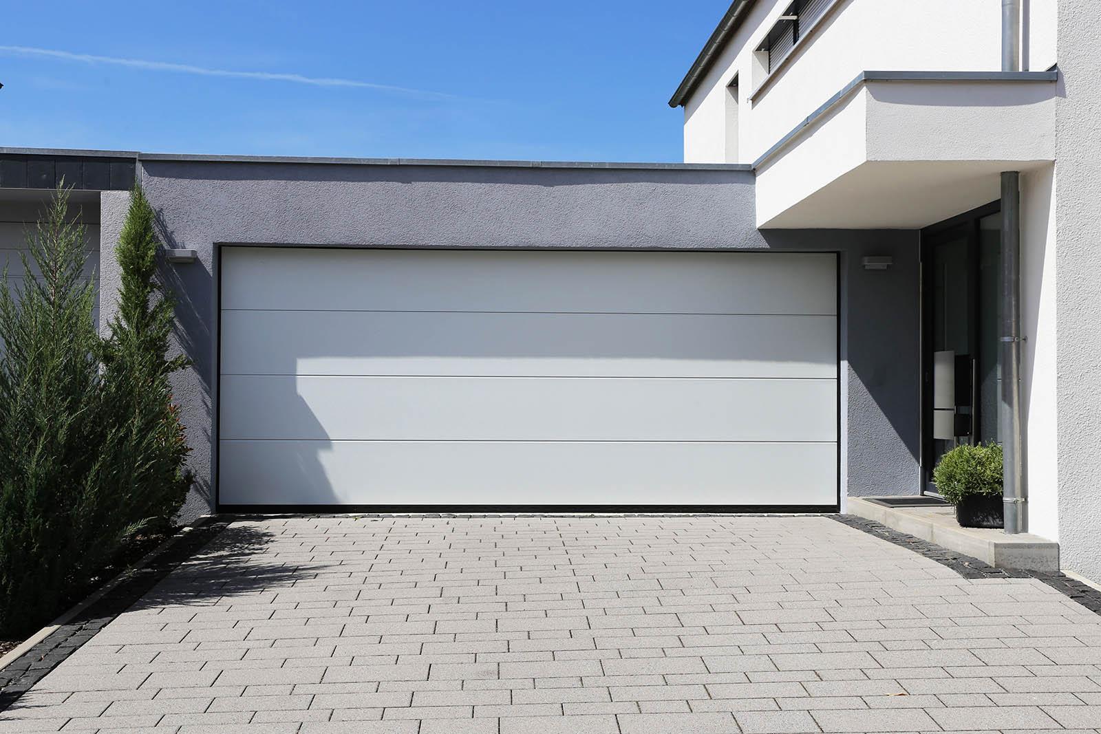Ni kan få nästan vilka garageportar i Skåne som ni vill. Hos oss har ni många olika val av garageportar i Skåne.