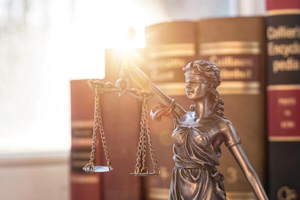 Juridiskt rådgivning