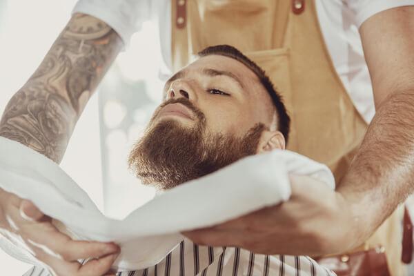 man får skägg trim