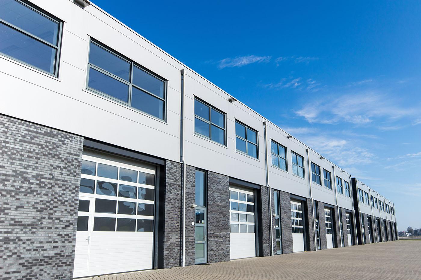 Hör av er för industriportar i Dalarna. Vi hjälper er med industriportar i Dalarna.