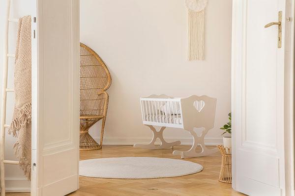 nyslipat golv i barnkammaren i Bromma