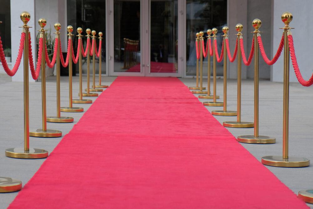 röda mattan tll festen