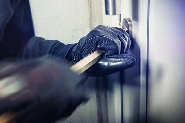 inbrottsförsök i vällingby