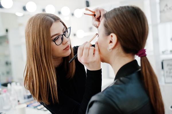 utbildning i makeup