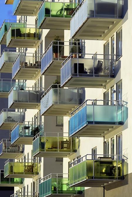 färgglada balkonger