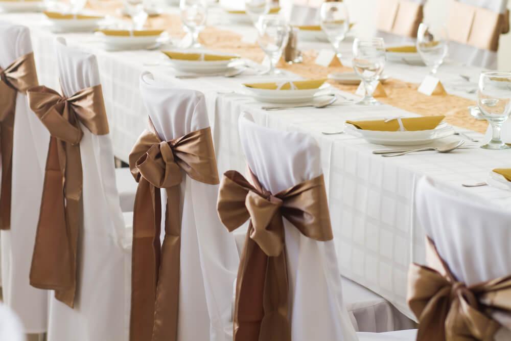 middagsbord på bröllop