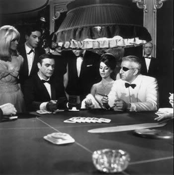 Baccarat och Chemin de Fer med James Bond
