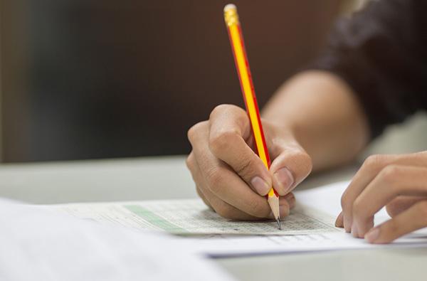 penna och papper skoluppgift