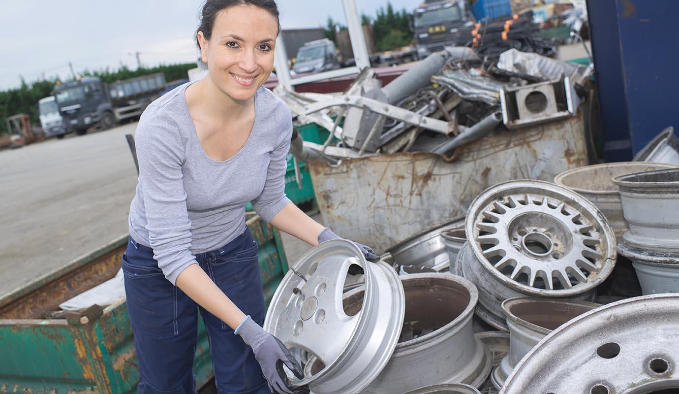 Hos oss kan du hitta bildelar när vi skrotar bil i Östergötland