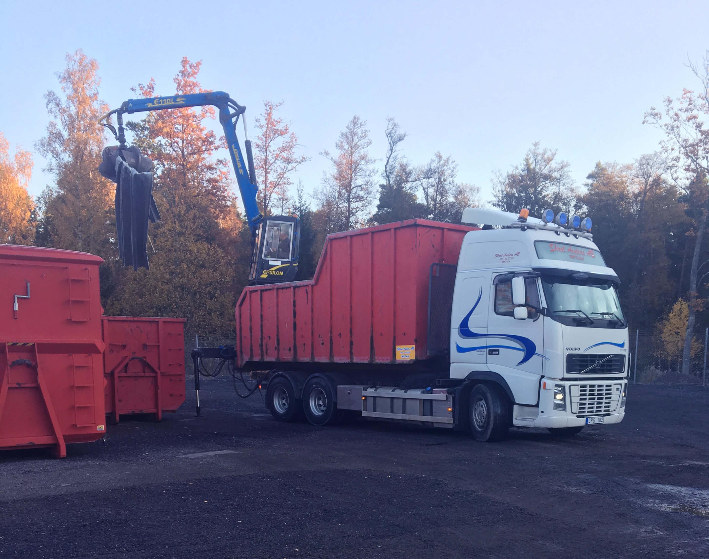 Som din skrothandlare i Östergötland arbetar vi med metaller