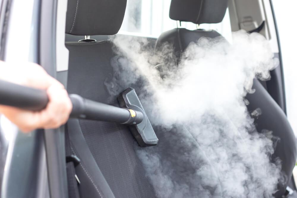 rengöra bilsäte med ånga