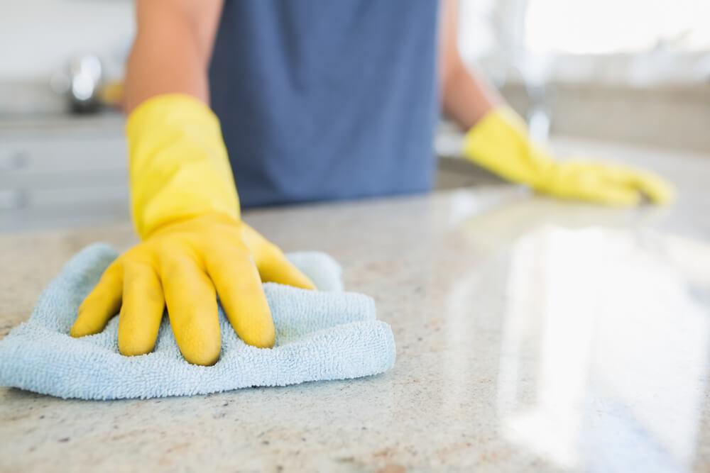 städa köket
