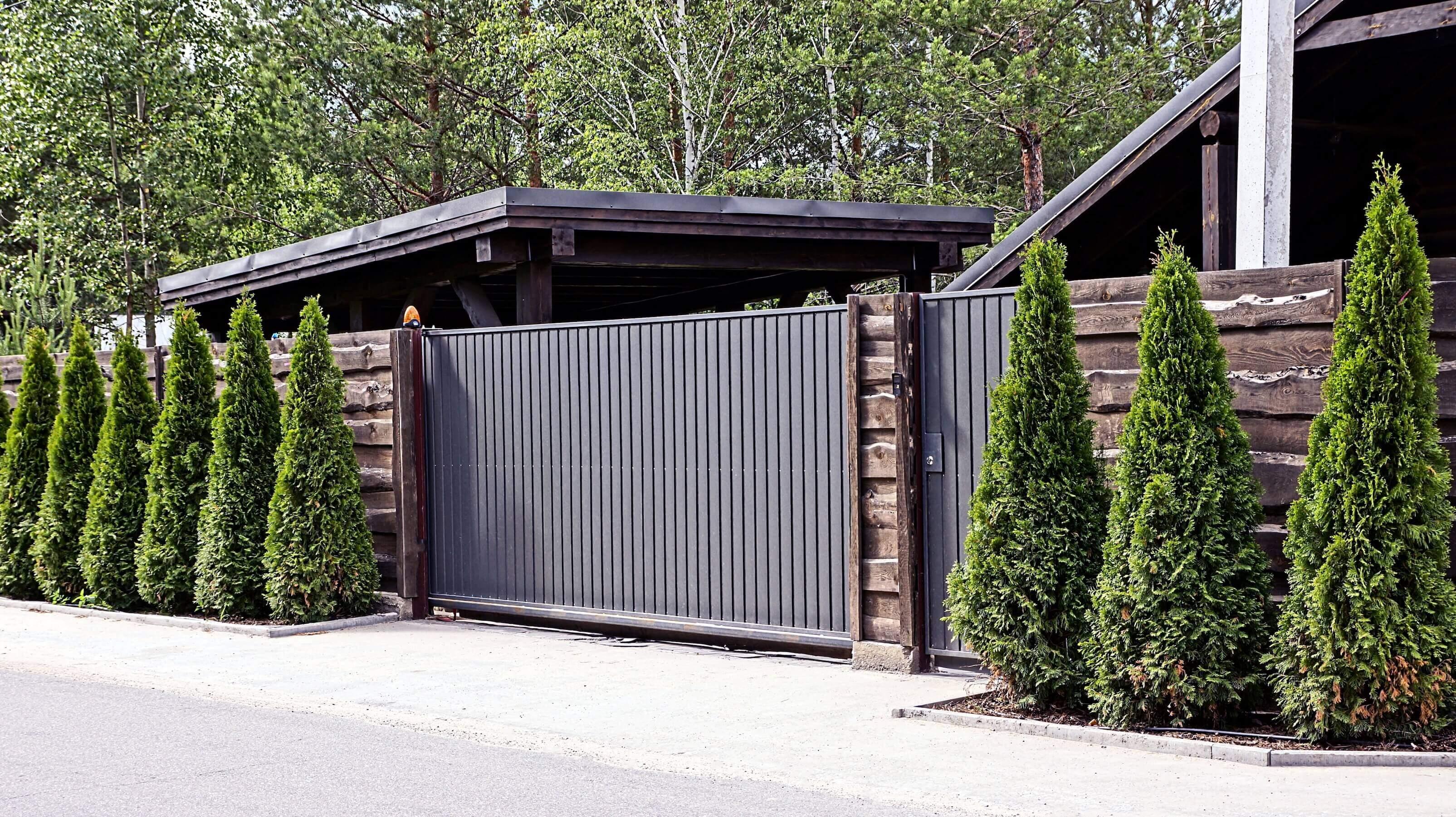Vi bygger grindar och stängsel i Sundsvall