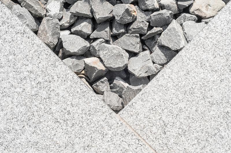 nylagda stenar