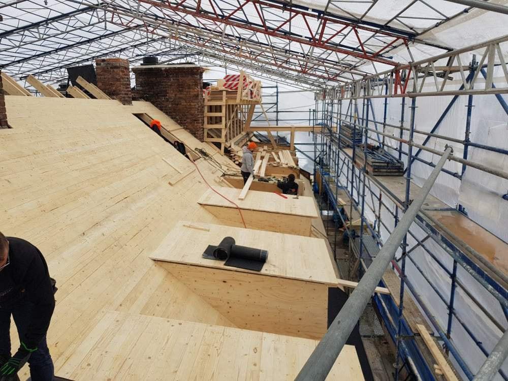 Vi har även plåtslagare som utför allt jobb från början till slut. Kontakta oss för plåtslagare och takläggare i Haninge.