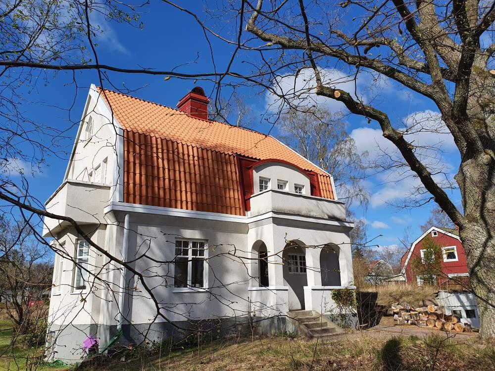 Våra takläggare i Haninge har goda referenser och lång erfarenhet. Anlita oss, vi är era takläggare i Haninge.