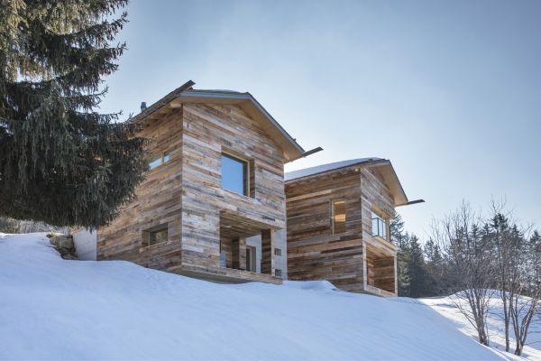 timmerhus från Kovio i Schweiz