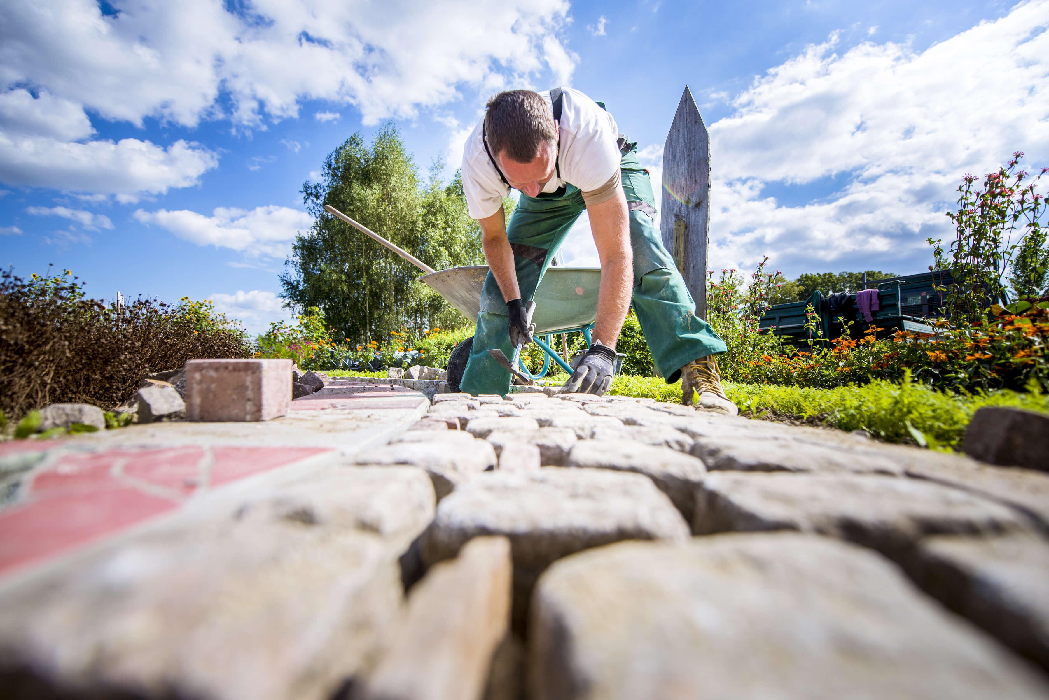 Vi anlägger din trädgård i Helsingborg