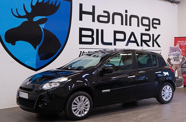 Nyinköpt bil hos Haninge bilpark
